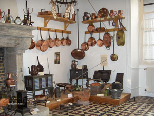 Museum of ancient kitchen utensils st denis la chevasse - Noms d ustensiles de cuisine ...