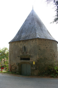 vieux-chateau-tower