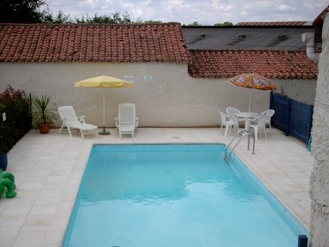 la Provenche, 4 bedroom Gite with pool near La Chataigneraie.